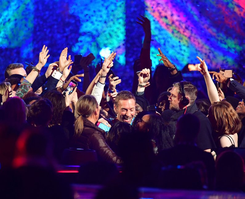 Chainsmokers and Coldplay LIVE BRITs 2017