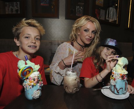 Britney Spears takes her son and niece to Planet H