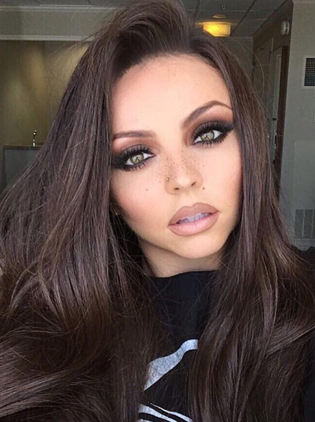 Jesy Nelson shows off her new brunette hair colour