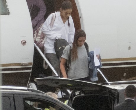 Ariana Grande lands back in London ahead of Manche