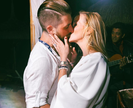 Arrow star Katie Cassidy gets engaged