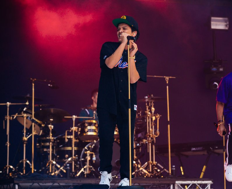 Bruno Mars Summertime Ball 2017