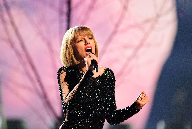 Taylor Swift 58th Annual Grammy Awards
