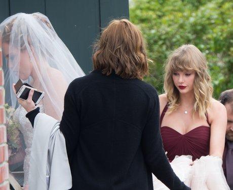 Taylor Swift on bridesmaid duty at wedding