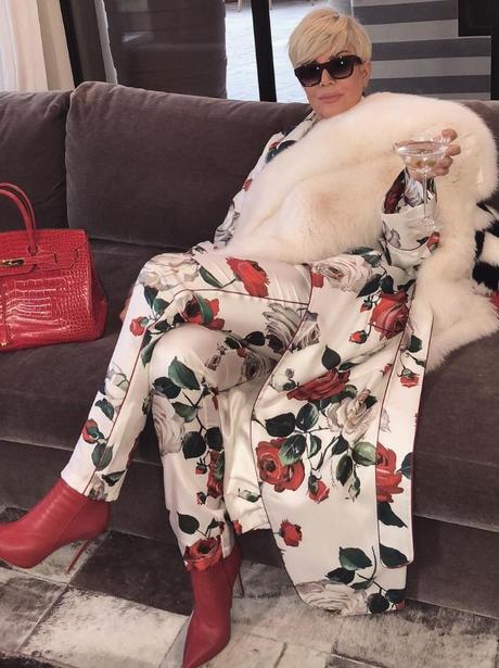 Kim Kardashian mocks Mum, Kris Jenner