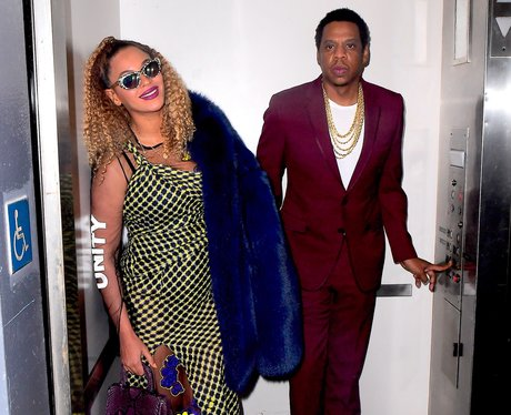 Jay-Z and Beyonce in a lift
