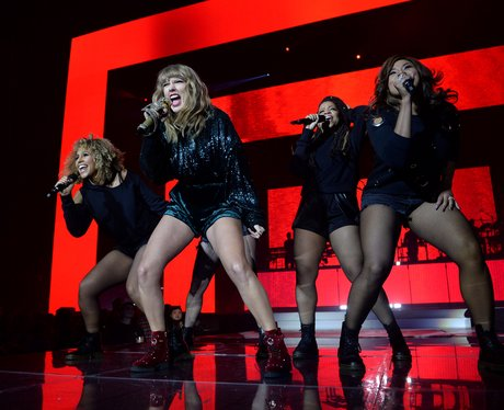 Taylor Swift Live Jingle Bell Ball 2017