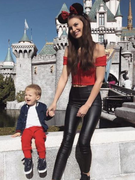 31 Must See Photos Of Louis Tomlinsons Baby Boy Freddie