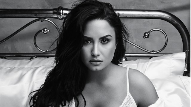 who is demi lovato dating now 2014