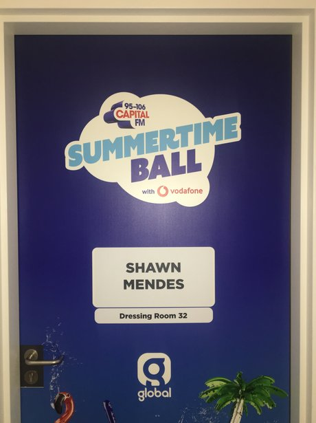 Shawn Mendes Dressing Room