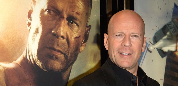 This Bruce Willis-'Friends' Plot Hole Will Annoy You SO ...