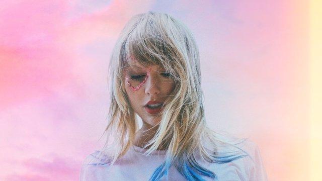 Taylor Swift Latest News New Songs Photos Videos Capital