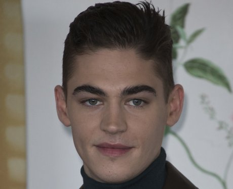 After We Collided Star Hero Fiennes Tiffin Age Height Net Worth Dating Capital