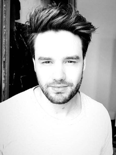 Liam Payne cuts his lockdown hair